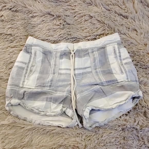 Lou & Grey Pants - 100% linen Lou & Grey shorts size M